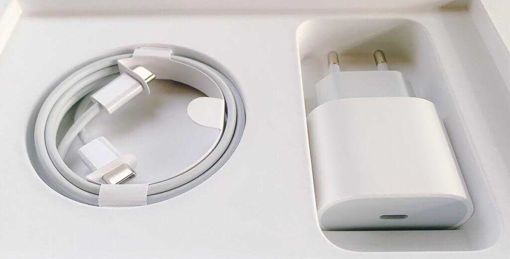 War das iPhone 11 eventuell das letzte iPhone-Modell, das mit einem Netzteil ausgeliefert wird? (Fotos: Sir Apfelot)