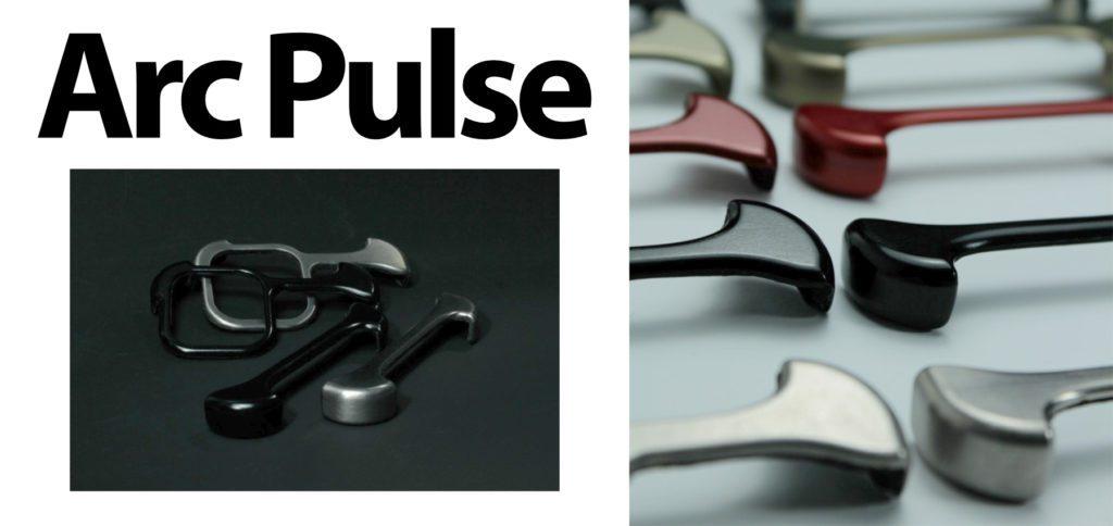 Mit Arc Pulse wollen die Macher hinter Arc das iPhone-Gefühl beibehalten, aber dennoch einen Schutz anbieten. Hier wird das iPhone Case neu gedacht und nur die Ecken sowie die Kamera geschützt.