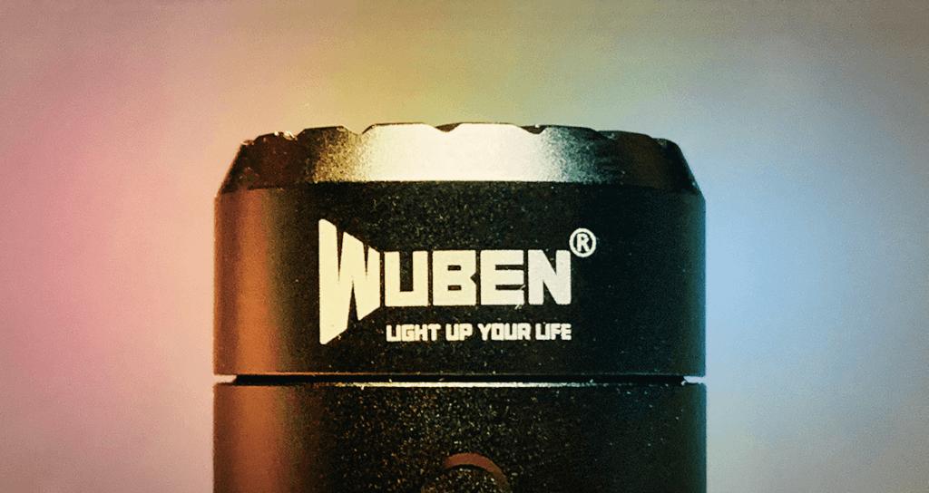 Buntes Disko-Licht kann die Wuben C3 nicht machen, aber dafür bietet sie mit sechs verschiedenen Lichtmodi einige Auswahl bei der Lichtstärke (Foto: Sir Apfelot).