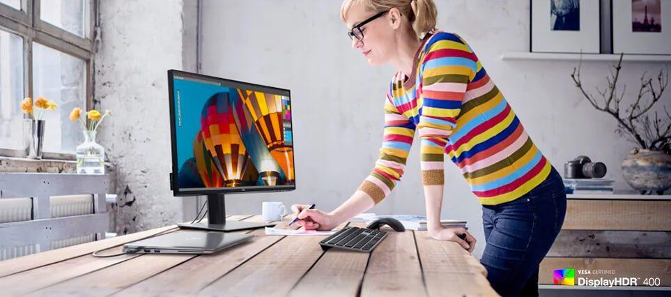 Zwei Punkte, die fast alle Benutzer am Dell USB-C-Monitor loben: der umfangreiche Farbraum und das super-scharfe Bild (Foto: Dell).