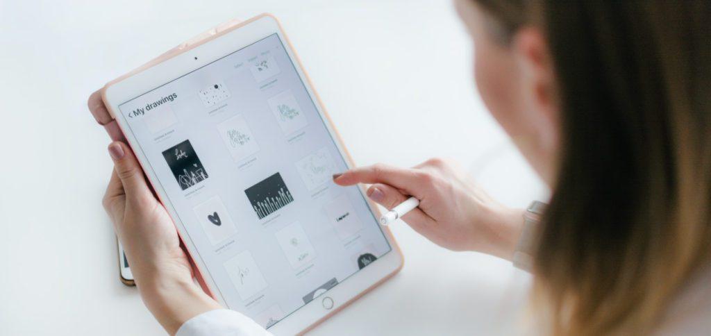Ihr wollt am Apple iPad einem Kalender-Ereignis einen Anhang hinzufügen? Hier findet ihr die Anleitung für das Vorgehen unter iPadOS.