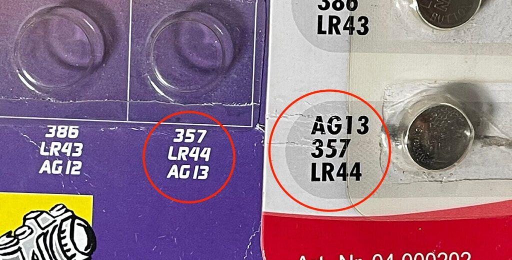 In fast jedem Knopfzellen-Set findet sich auch eine LR44 Batterie –meistens mit anderen Bezeichnungen für dieses Modell.