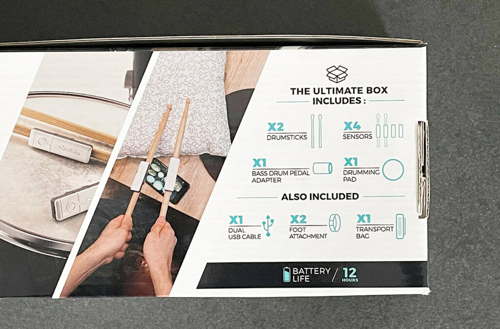 Mit der Ultimate Box hat man alles, was man zum Schlagzeug-Spielen mit Händen und Füssen benötigt.