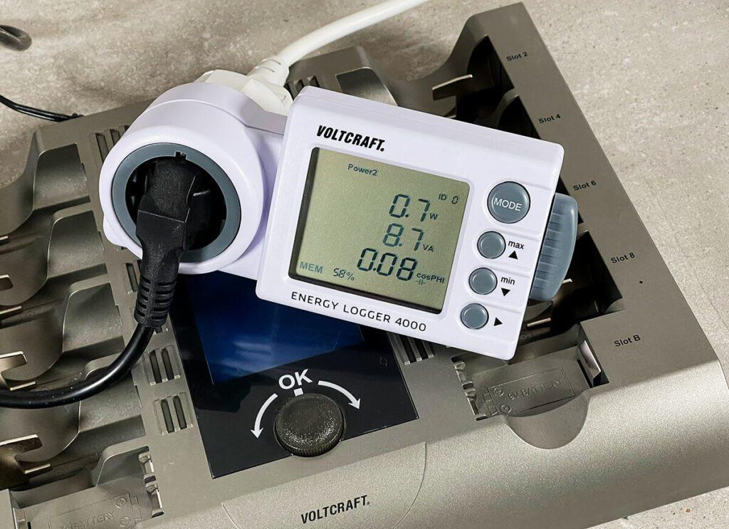 Der Standby Stromverbrauch des Charge Manager CM2024 liegt nach meiner Messung deutlich unter einem Watt (Foto: Sir Apfelot).