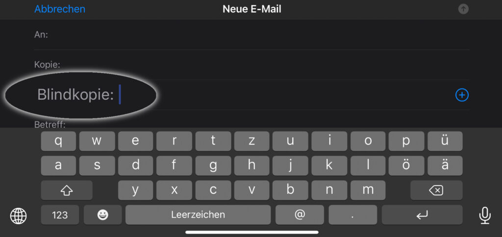 """Blindkopie in Apple Mail am iPhone nutzen: Schritt-für-Schritt-Anleitung für das Aktivieren vom Adressfeld """"Blindkopie"""" in der Mail App unter iOS."""