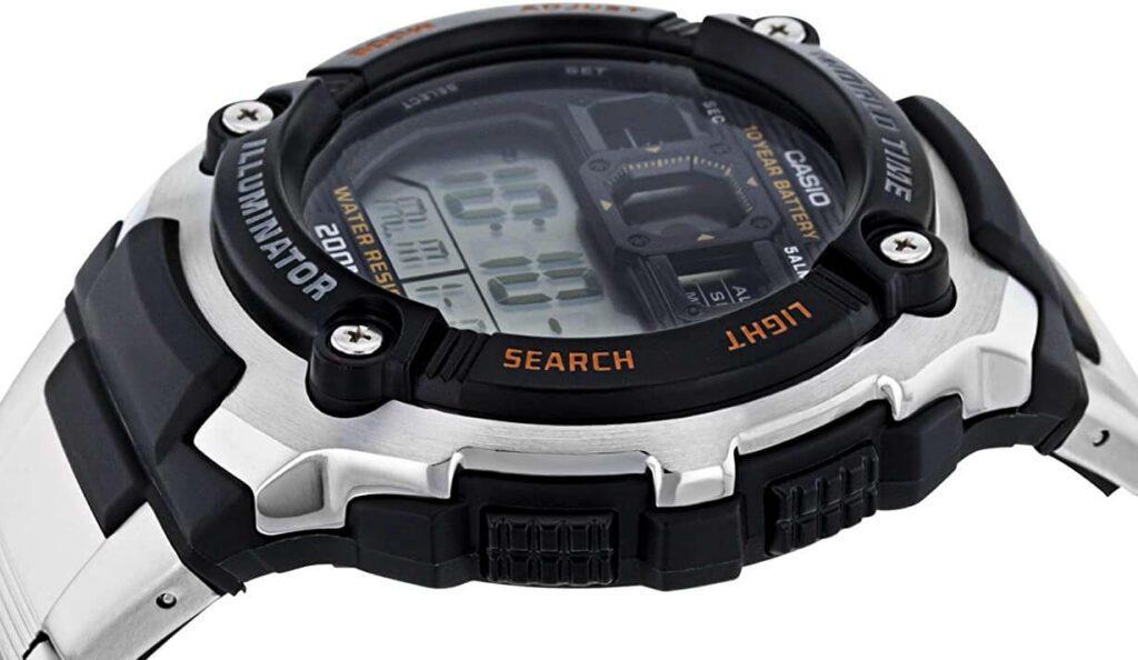 Die Casio AE-2000WD-1AVEF ist eine Armbanduhr für Herren, welche auch für Taucher (ohne Geräte) geeignet ist (Foto: Amazon).