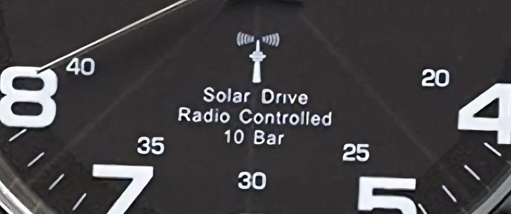Solar-Drive, wasserdicht und funkgesteuert – das sind die Features, die man bei fast allen Uhren von ETT Eco Tech Time findet (Foto: Amazon).