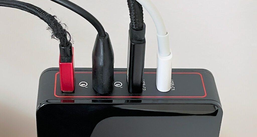 Die Vollbelegung mit allen möglichen Geräten ist ein guter Test, um zu sehen, was tatsächlich von den Ports geliefert wird.