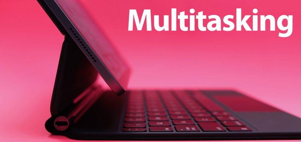 Hier findet ihr die Liste der Multitasking-Tastenkombinationen für iPadOS 15 auf dem Apple iPad, iPad mini, iPad Air und iPad Pro. Mit der Tastatur könnt ihr System-Funktionen, Multitasking, Split View und Slide Over ansteuern. Zudem gibt es einen Shortcut für Quick Notes.