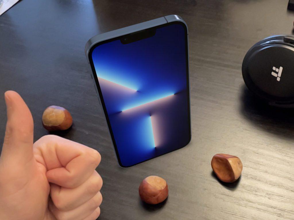 So sieht es aus, wenn das Apple iPhone 13 Pro Max auf dem Tisch steht. Ihr könnt es in der Augmented Reality (AR) drehen und durch eigene Bewegungen von allen Seiten betrachten.
